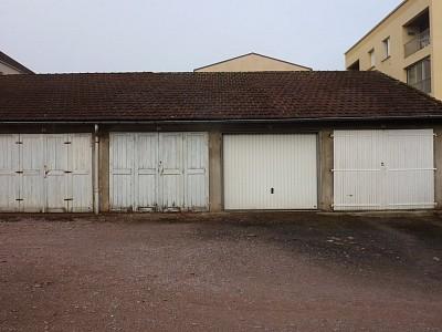 GARAGE A LOUER - AUTUN - 46,33 € charges comprises par mois