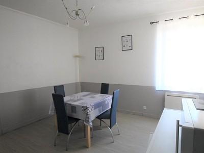 APPARTEMENT T2 A LOUER - CHALON SUR SAONE - 40 m2 - 400 € charges comprises par mois