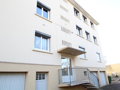 APPARTEMENT T2 A LOUER - PARAY LE MONIAL - 40,46 m2 - 359 € charges comprises par mois