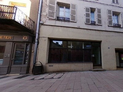 IMMEUBLE A VENDRE - CHAROLLES - 202,09 m2 - 97000 €