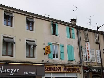 IMMEUBLE DE RAPPORT A VENDRE - SENNECEY LE GRAND - 200 m2 - 235000 €