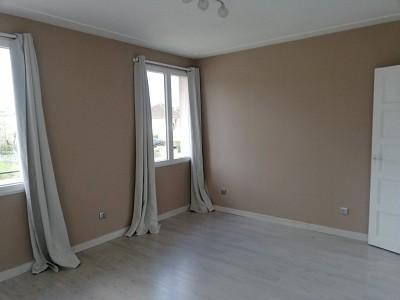 MAISON A LOUER - LOUHANS - 95 m2 - 780 € charges comprises par mois