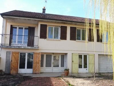 MAISON A VENDRE - ST REMY - 130 m2 - 129000 €