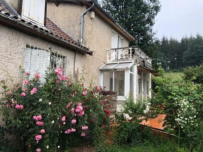 MAISON A VENDRE - COLOMBIER EN BRIONNAIS - 156 m2 - 69300 €