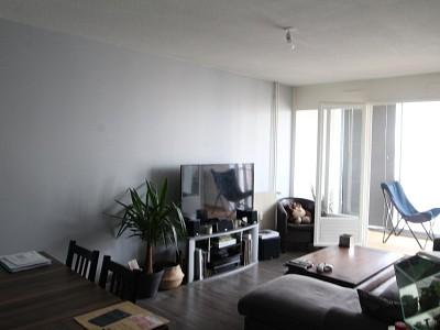 APPARTEMENT T3 A LOUER - BEAUNE - 71 m2 - 760 € charges comprises par mois