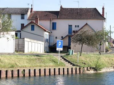 IMMEUBLE DE RAPPORT A VENDRE - DIGOIN - 180 m2 - 162000 €
