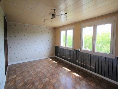 APPARTEMENT T4 A VENDRE - DIJON - 72,27 m2 - 99000 €
