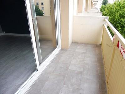 APPARTEMENT T5 A VENDRE - CHALON SUR SAONE - 75 m2 - 72000 €