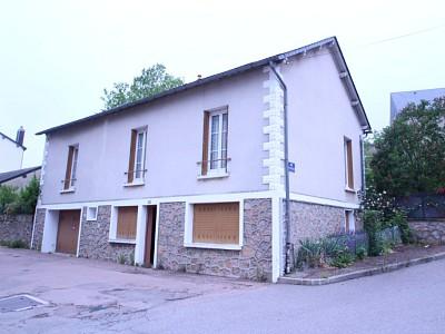 MAISON A VENDRE - CHATEAU CHINON VILLE - 106,67 m2 - 64000 €