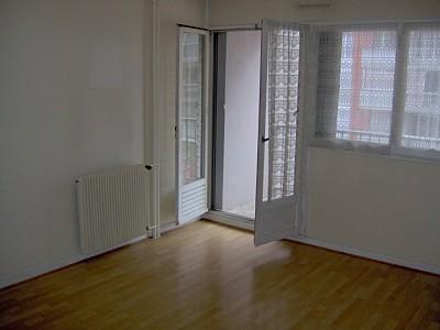 APPARTEMENT T1 A LOUER - BEAUNE - 35,88 m2 - 480 € charges comprises par mois