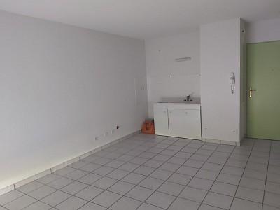 APPARTEMENT T2 A LOUER - LE CREUSOT - 38,03 m2 - 354,90 € charges comprises par mois