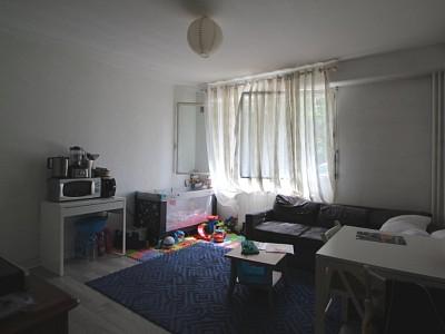 STUDIO A VENDRE - DIJON SAINT-BERNARD - 20,39 m2 - 70000 €