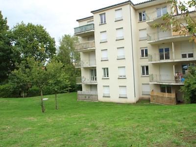 APPARTEMENT T2 A LOUER - LE CREUSOT - 37 m2 - 360 € charges comprises par mois