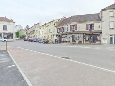 Local d activité professionnel A VENDRE - CHAROLLES - 531,35 m2 - 131200 €