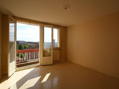 Appartement 3 pièces A VENDRE - MONTCEAU LES MINES - 65,04 m2 - 58000 €