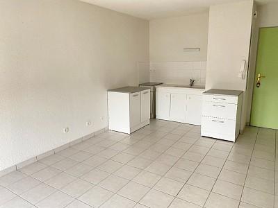 APPARTEMENT T2 A LOUER - LE CREUSOT - 37,46 m2 - 365 € charges comprises par mois