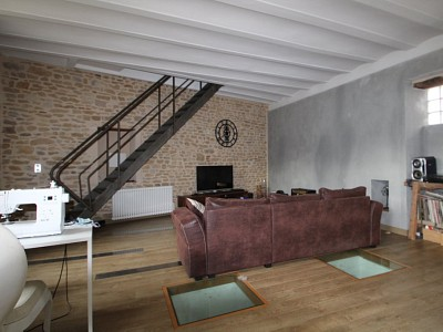 Appartement avec cour privée A VENDRE - CHAROLLES - 144,73 m2 - 219000 €