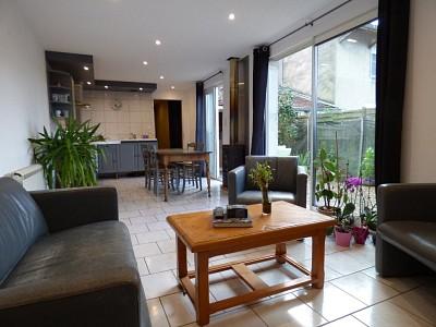 Lot de deux appartements A VENDRE - ST MARTIN EN BRESSE - 125 m2 - 139000 €