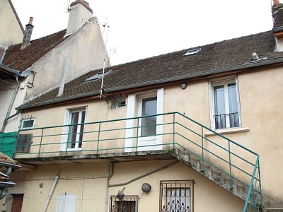 APPARTEMENT T4 A VENDRE - AUTUN - 71,86 m2 - 58500 €