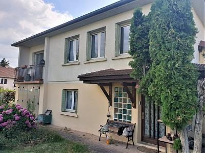 MAISON A VENDRE - CHATENOY LE ROYAL - 90 m2 - 155000 €