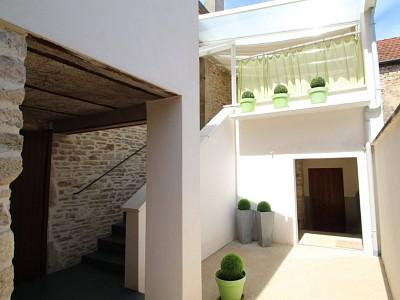 MAISON DE VILLAGE A LOUER - VOLNAY - 79,65 m2 - 600 € charges comprises par mois
