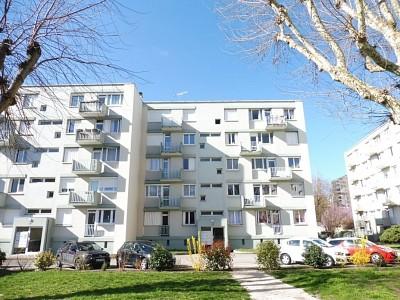 APPARTEMENT T4 A VENDRE - CHALON SUR SAONE - 69 m2 - 50500 €