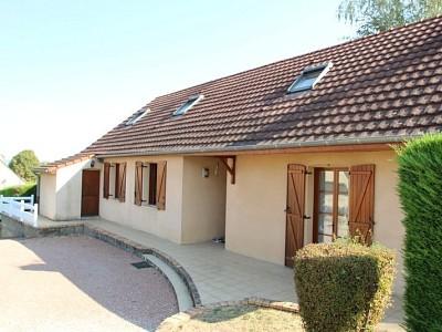 maison de plain pied A VENDRE - CHAUDENAY CENTRE VILLAGE - 160 m2 - 203000 €