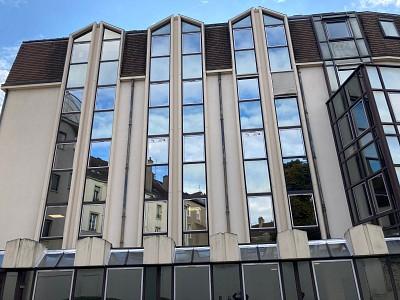 BUREAUX / APPARTEMENTS T7 A VENDRE - DIJON CENTRE VILLE - RUE DE LA LIBERTE - 212 m2 - 475000 €