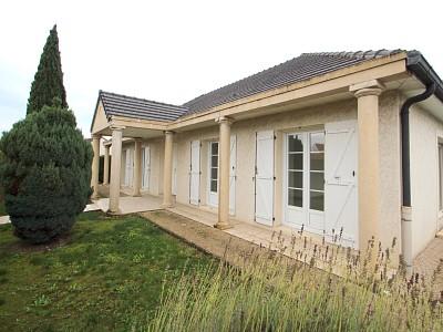 MAISON DE PLAIN PIED A VENDRE - ST REMY - 124 m2 - 229000 €