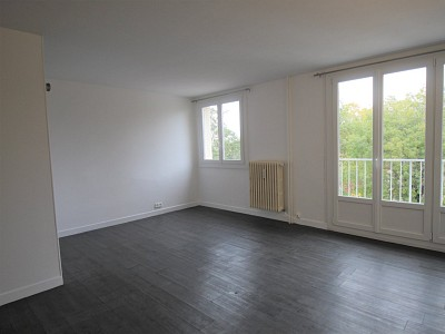 APPARTEMENT T2 A LOUER - CHALON SUR SAONE - 49 m2 - 420 € charges comprises par mois
