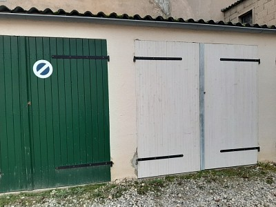 GARAGE A LOUER - CHALON SUR SAONE - 40 € charges comprises par mois