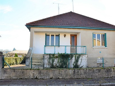 MAISON A VENDRE - GUEUGNON - 197,19 m2 - 73000 €