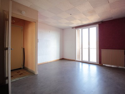 APPARTEMENT T3 A VENDRE - DIGOIN - 54,93 m2 - 24500 €