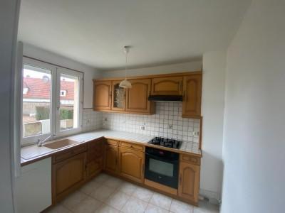 MAISON A LOUER - AUTUN - 67 m2 - 560 € charges comprises par mois
