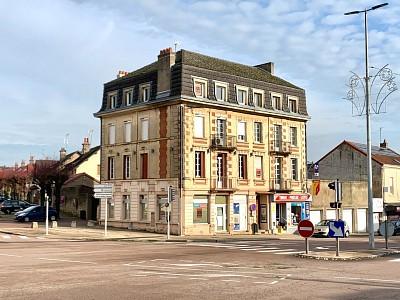 LOCAL COMMERCIAL A VENDRE - LE CREUSOT - 140 m2 - 109000 €