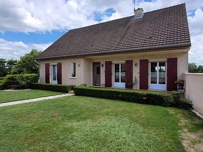 MAISON A VENDRE - GUEUGNON - 141,91 m2 - 262000 €