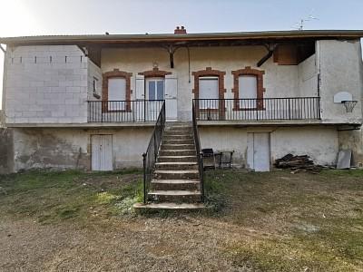 Maison sur deux niveaux A VENDRE - CHEILLY LES MARANGES - 64,41 m2 - 96000 €