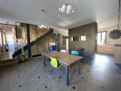 MAISON A VENDRE - CHAROLLES - 273,54 m2 - 285000 €