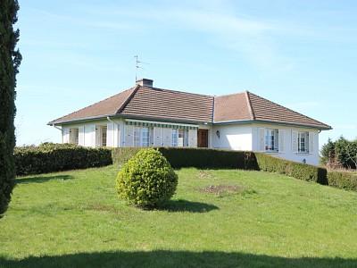 Maison avec sous sol et terrain A VENDRE - MERVANS - 150 m2 - 178000 €