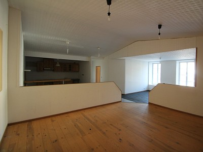APPARTEMENT 4 CHAMBRES A VENDRE - AUTUN - 167,05 m2 - 67000 €