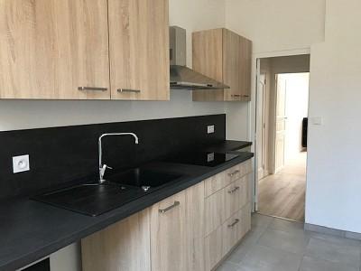 APPARTEMENT T3 A LOUER - AUTUN - 99,63 m2 - 550 € charges comprises par mois