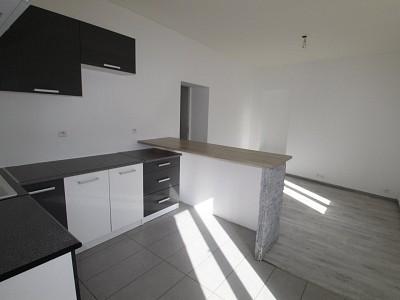 APPARTEMENT T2 A LOUER - CHALON SUR SAONE - 40 m2 - 420 € charges comprises par mois