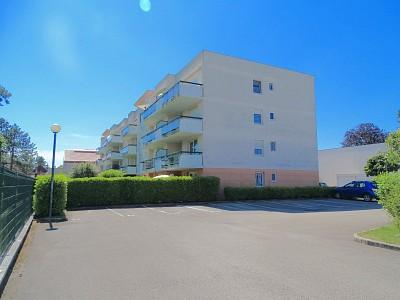 Rez-de-Jardin avec parking et garage A VENDRE - GENLIS - 64,6 m2 - 165000 €