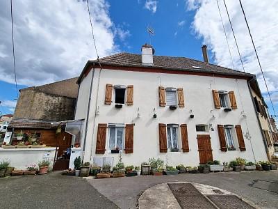 MAISON A VENDRE - ST JEAN DE LOSNE - 160 m2 - 233200 €