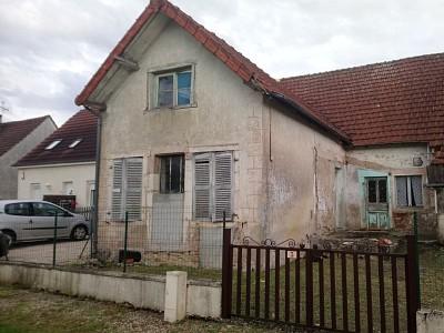 Maison à rénover - ST JEAN DE LOSNE - 91,23 m2 - VENDU