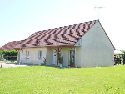 Maison de plain pied avec jardin A VENDRE - CHATEAURENAUD - 98 m2 - 149500 €
