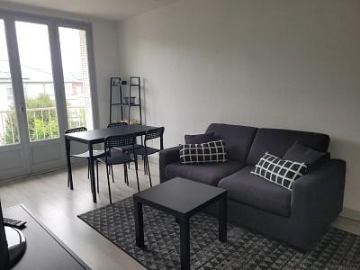 STUDIO A LOUER - CHALON SUR SAONE - 23 m2 - 380 € charges comprises par mois