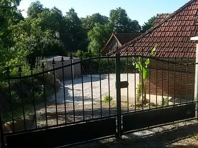 Maison mitoyenne A VENDRE - LOUHANS - 48 m2 - 89000 €