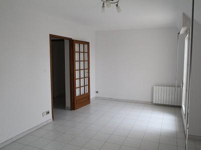 APPARTEMENT A LOUER - BEAUNE CENTRE VILLE - 88,44 m2 - 916 € charges comprises par mois