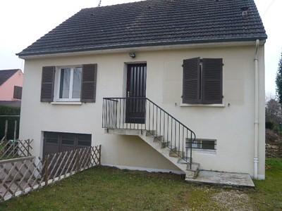 MAISON A LOUER - FONTAINES CENTRE-VILLE - 100 m2 - 700 € charges comprises par mois